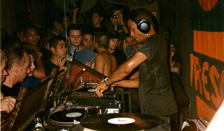 VIDEO: This Is Why Jeff Mills Is Called the Wizard
