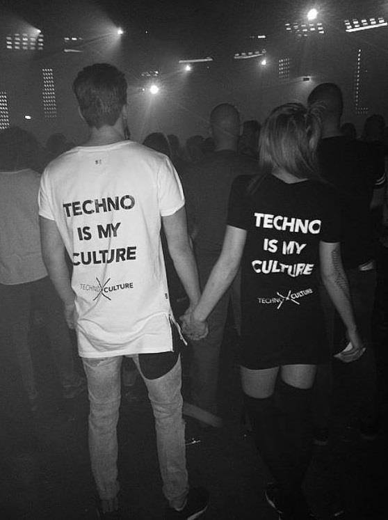 10 Reasons Why Techno Girls Are The Best!