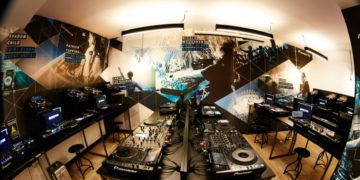 Win Free Online Course At Point Blank, The Best Music Production & DJ School