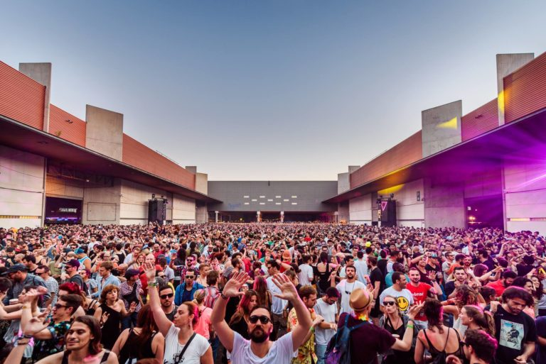 Sónar, the Pioneer of Electronic Music Festival Culture, Celebrates Its 25th Anniversary