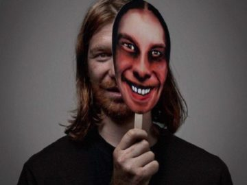 Aphex Twin adds three tracks to online store